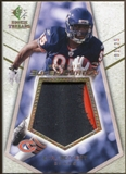 2008 Upper Deck SP Rookie Threads Rookie Super Swatch Gold Patch #RSSBE Earl Bennett /25