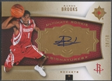 2007/08 Ultimate Collection #105 Aaron Brooks Gold Rookie Auto #28/50
