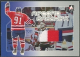 2006/07 ITG Heroes and Prospects #RS10 John Tavares Record Breaking Season Record Breaker Jersey /9