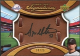 2007 Upper Deck Sweet Spot Signatures Glove Leather Black Ink #SE Sergio Mitre Autograph /75