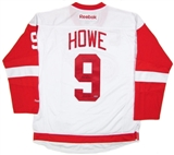 Gordie Howe Autographed White Detroit Red Wings Jersey (UDA COA)
