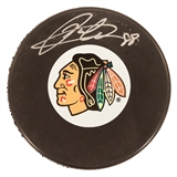 Patrick Kane Autographed Chicago Blackhawks Hockey Puck (Frameworth)