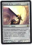 Magic the Gathering Darksteel Spanish Single Sword of Light and Shadow (FOIL) - SLIGHT PLAY