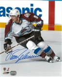 Teemu Selanne Autographed Colorado Avalanche 8x10 Photograph (Mounted Memories)
