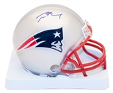 Tom Brady Autographed New England Patriots Mini Helmet (Mounted Memories)