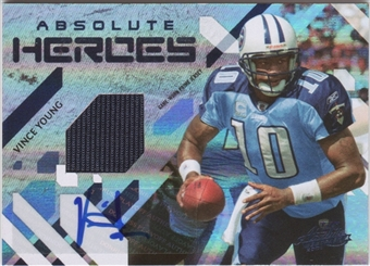 2009 Absolute Memorabilia Absolute Heroes Materials Autographs Spectrum Prime #25 Vince Young 4/5