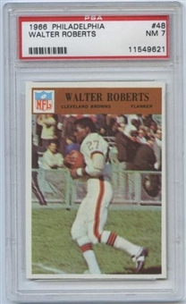 1966 Philadelphia Football #48 Walter Roberts PSA 7 (NM) *9621