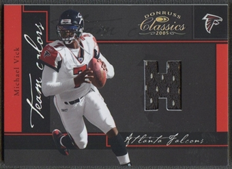 2005 Donruss Classics #14 Michael Vick Team Colors Jersey #38/99