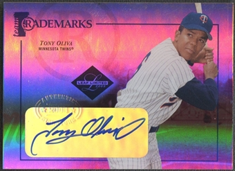 2005 Leaf Limited #38 Tony Oliva Team Trademarks Signature Auto #01/50