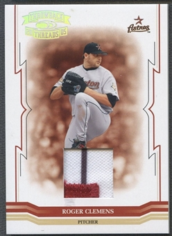2005 Throwback Threads #122 Roger Clemens Material Patch #021/100