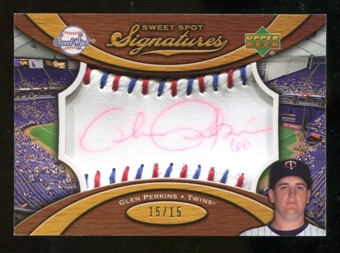 2007 Upper Deck Sweet Spot Signatures Red-Blue Stitch Red Ink #JN Joe Nathan /15