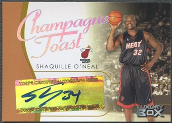 2004/05 Topps Luxury Box #SO Shaquille O'Neal Champagne Toast Auto #26/75
