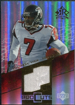 2004 Upper Deck Reflections Pro Cuts Jerseys Gold #PCMV Michael Vick