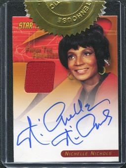 Star Trek: The Original Series Heroes & Villains Nichelle Nichols (Uhura) Autograph/Relic Card