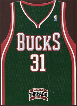 2012/13 Panini Threads Rookie Team Threads #15 John Henson