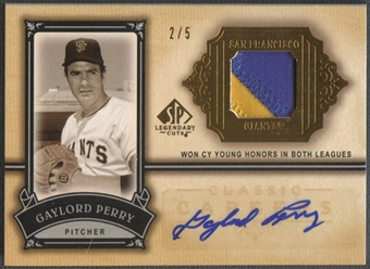 2005 SP Legendary Cuts #GP Gaylord Perry Classic Careers Gold Patch Auto #2/5