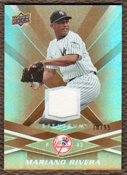 2009 Upper Deck Spectrum Gold Jersey #69 Mariano Rivera /99