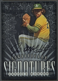 1998 Donruss Signature #4 Catfish Hunter Significant Signatures Auto #0936/2000