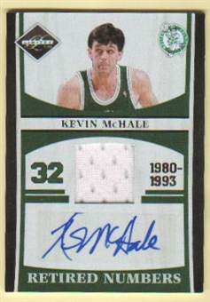2011/12 Panini Limited Retired Numbers Materials Signatures #4 Kevin McHale Autograph 3/25