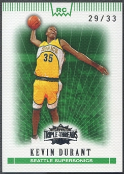 2007/08 Topps Triple Threads #135 Kevin Durant Rookie Emerald #29/33