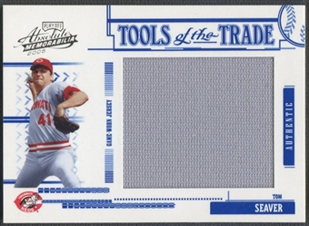 2005 Absolute Memorabilia #190 Tom Seaver Tools of the Trade Swatch Single Jumbo Jersey #096/100