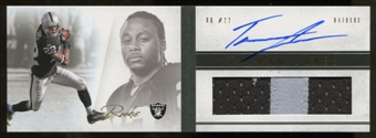 2011 Panini Playbook Gold #132 Taiwan Jones Jersey Autograph 02/49