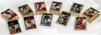 1984/85 O-Pee-Chee Hockey Complete Set (NM-MT) XX