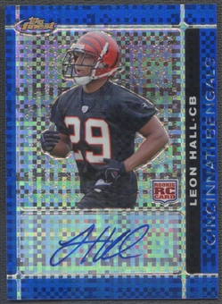 2007 Finest #145 Leon Hall Blue Xfractor Rookie Auto #11/50