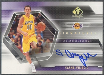 2004/05 SP Authentic #SV Sasha Vujacic Signatures Rookie Auto