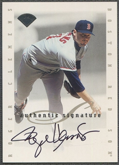 1996 Leaf Signature Extended #32 Roger Clemens Auto