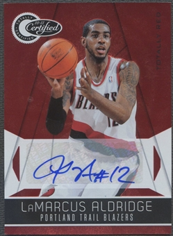 2010/11 Totally Certified #136 LaMarcus Aldridge Red Auto #41/49