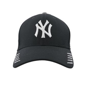 New York Yankees New Era 39Thirty Navy Tech Grade Flex Fit Hat (Adult S/M)