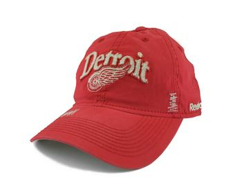 Detroit Red Wings Reebok Red Cotton Cap Adjustable Hat (Adult One Size)