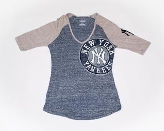 New York Yankees Majestic Navy League Excellence Scoop Tee Shirt (Womens L)