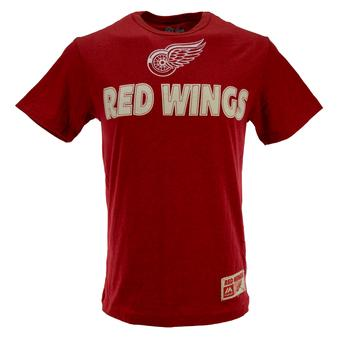 Detroit Red Wings Majestic Heather Red Chase The Trophy Tee Shirt (Adult M)