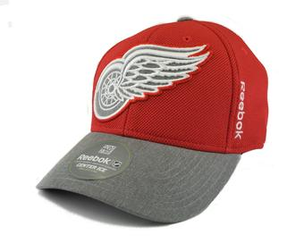 Detroit Red Wings Reebok Red Playoffs Cap Fitted Hat (Adult L/XL)
