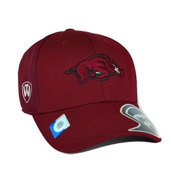 Arkansas Razorbacks Top Of The World Resurge Maroon One Fit Flex Hat (Adult One Size)
