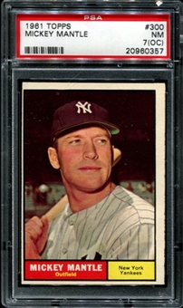 1961 Topps Baseball #300 Mickey Mantle PSA 7 (NM) (OC) *0357