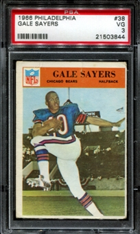1966 Philadelphia Football #38 Gale Sayers Rookie PSA 3 (VG) *3844