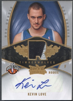 2008/09 Hot Prospects #141 Kevin Love Rookie Patch Auto #143/199