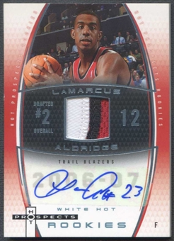 2006/07 Fleer Hot Prospects #62 LaMarcus Aldridge White Hot Rookie Patch Auto #07/15