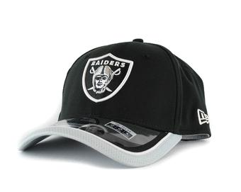 Oakland Raiders New Era Black Team Colors 39Thirty On Field Fitted Hat (Adult S/M)