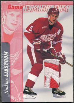2000/01 BAP Signature Series #E37 Nicklas Lidstrom Jersey Emblem Patch /10