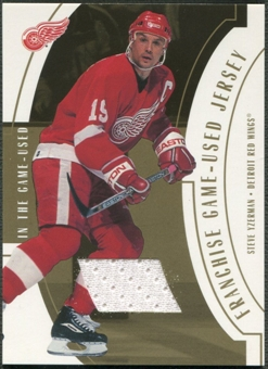 2002/03 ITG Used #FR11 Steve Yzerman Franchise Players Gold Jersey /10