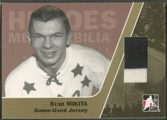 2006/07 ITG Heroes and Prospects #HM17 Stan Mikita Heroes Memorabilia Gold Jersey /10