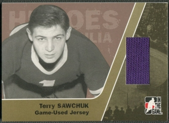 2006/07 ITG Heroes and Prospects #HM19 Terry Sawchuk Heroes Memorabilia Gold Jersey /10