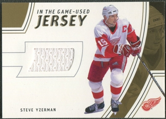 2002/03 In The Game-Used #GUJ2 Steve Yzerman Gold Jersey /10