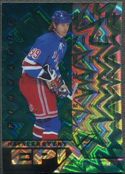 1997/98 Pinnacle #1 Wayne Gretzky Epix Moment Emerald /30
