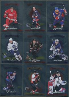 1997/98 Donruss Limited 11 Card Base Lot Hull, Hasek, Messier, Lindros, Sakic