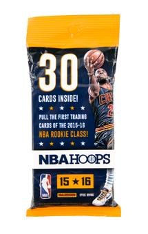 2015/16 Panini Hoops Basketball Fat Pack